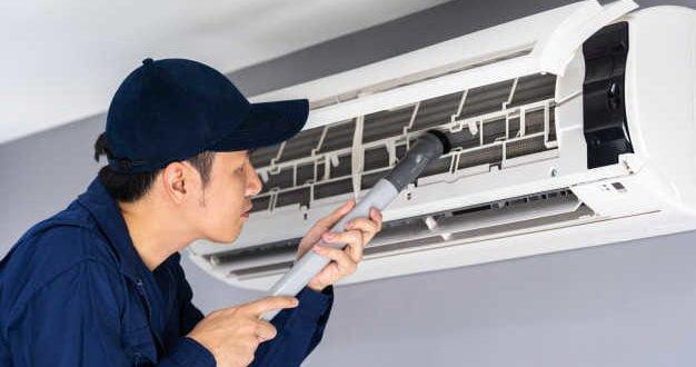 vệ sinh máy lạnh tại TP.HCM giá rẻ-miễn phí kiểm tra bơm gas